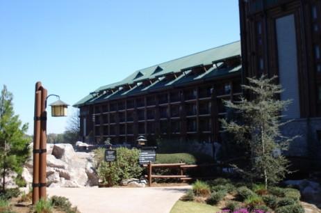 Overnight Parking Rates Increased at Walt Disney World Resort Hotels